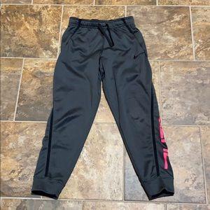 Kids Nike sweats size large